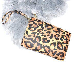 SIMPLY SOUTHERN Animal Print Leopard Wristlet